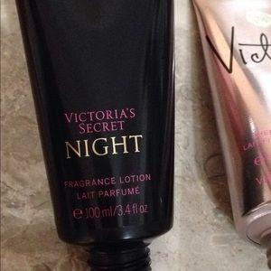 Victoria's Secret Makeup - VS 4 lotion bundle